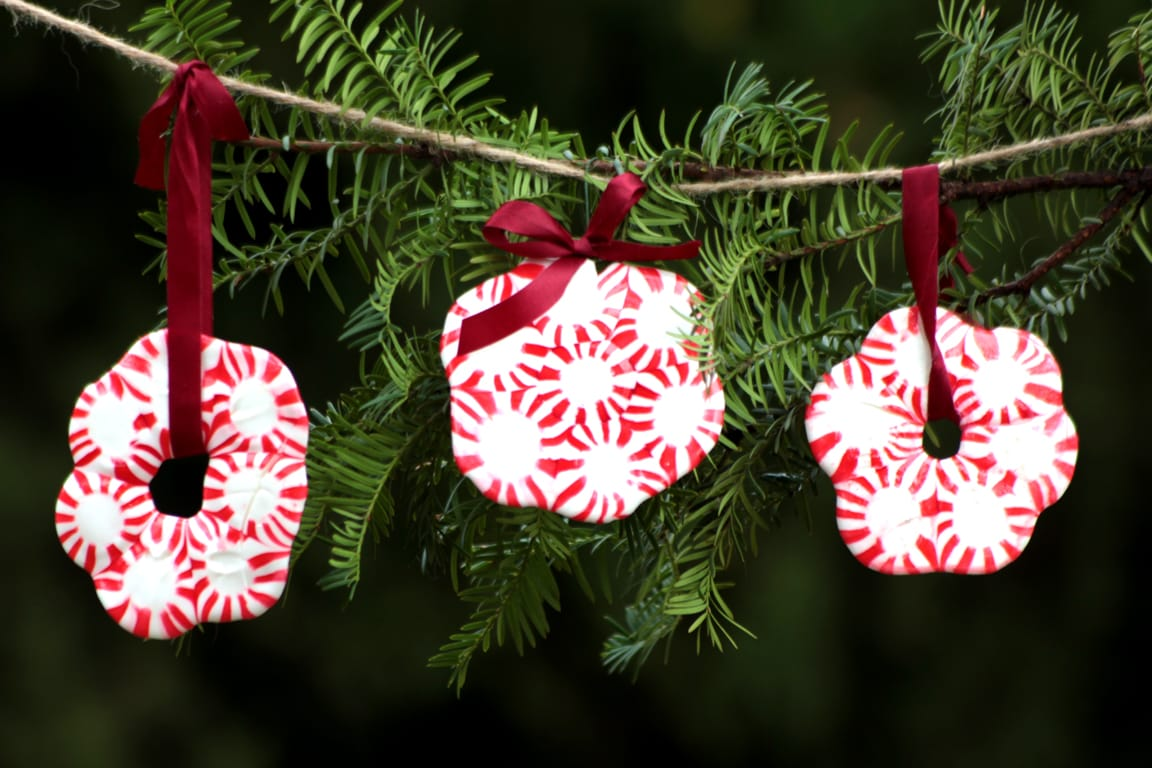 Peppermint Wreath Ornament DIY Project