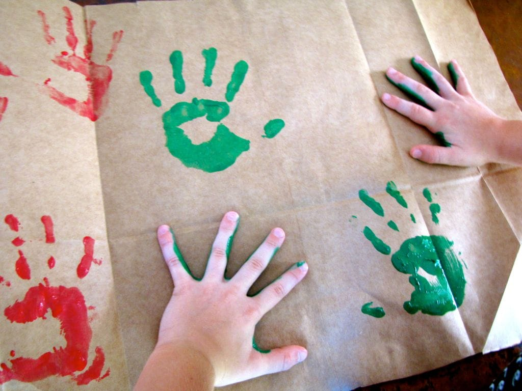 Little Handprints Wrapping Paper DIY